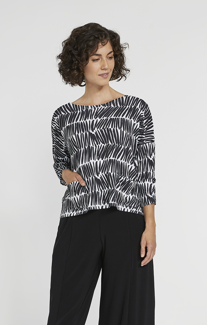 Sympli Womens Spark Boxy Top Style 22205-2 Color Shifted Stripe