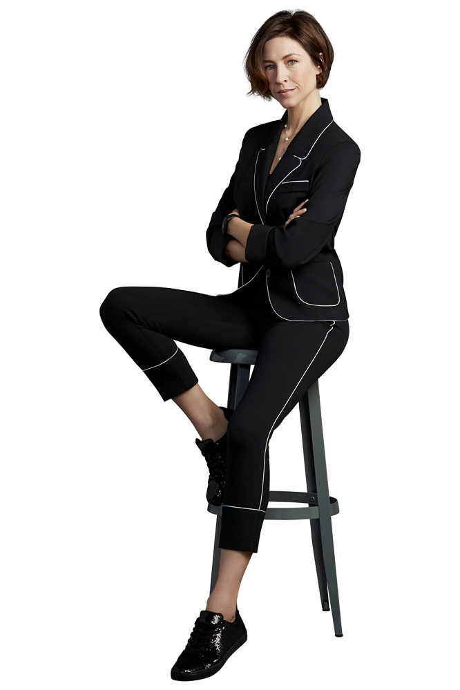 Lisette L. Jacket Style 176500 Athleisure Kathryn PDR Color Black