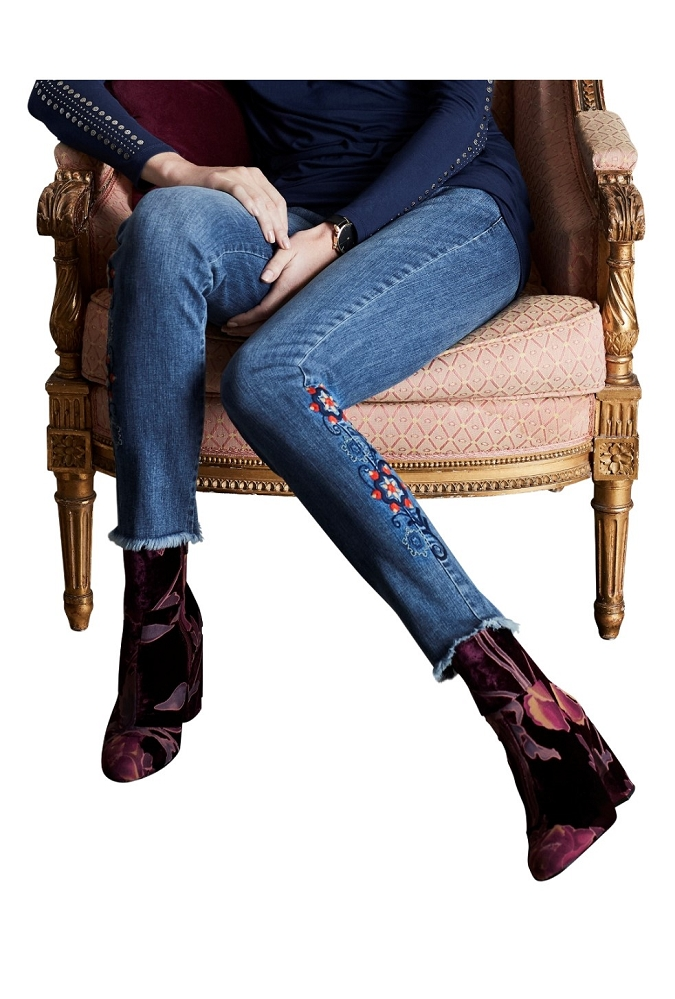 Lisette L. Skinny Leg Jeans Style 455790 Betty Denim With Flower Embroidery Color Color Denim Blue
