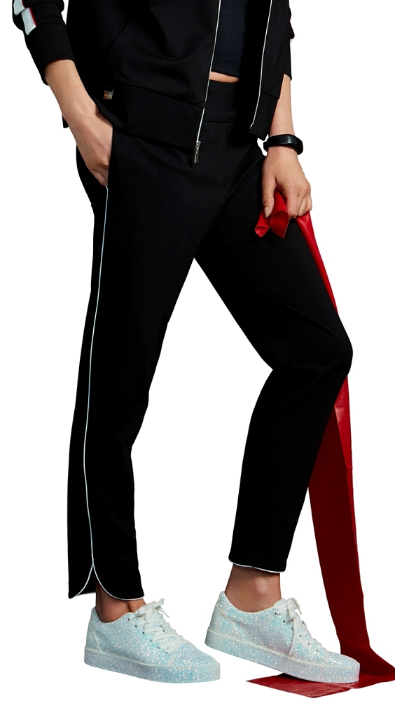Lisette L. Ankle Pants Style 176733 Athleisure Wear Tulip Hem Color Black