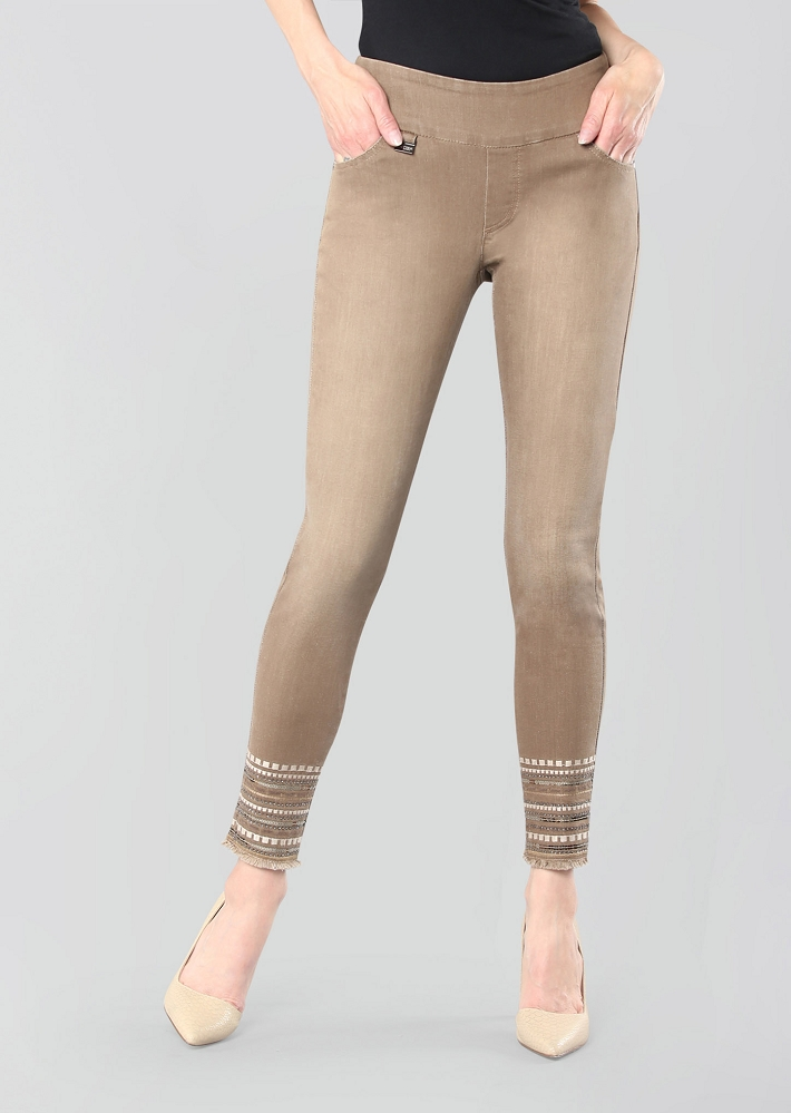 Lisette L. Skinny Jeans, Style 685653 Prague Denim Color Camel