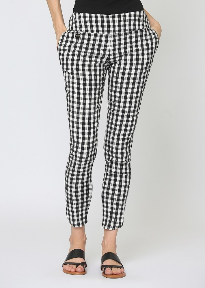 Lisette L. Slim Ankle Pant Style 508764 Gingham Jacquard Color Black/White