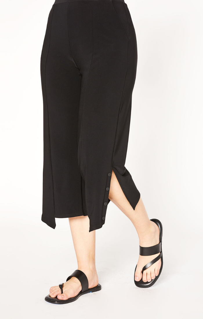 Sympli Icon Shift Crop Pant Style 27201